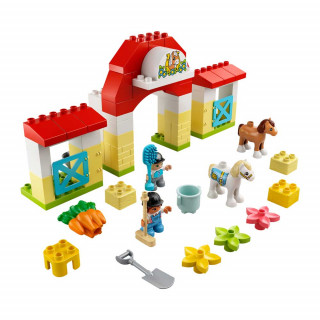 LEGO DUPLO TOWN HORSE STABLE AND PONY CARE