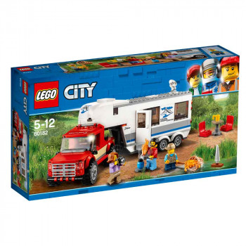 LEGO CITY PICKUP AND CARAVAN